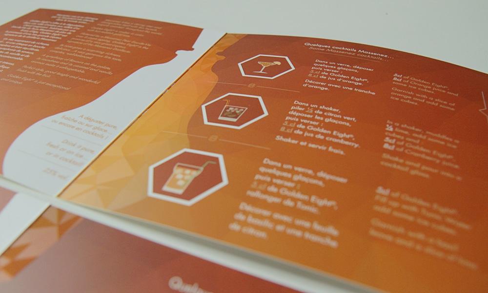Dépliant Golden Eight pages intérieures